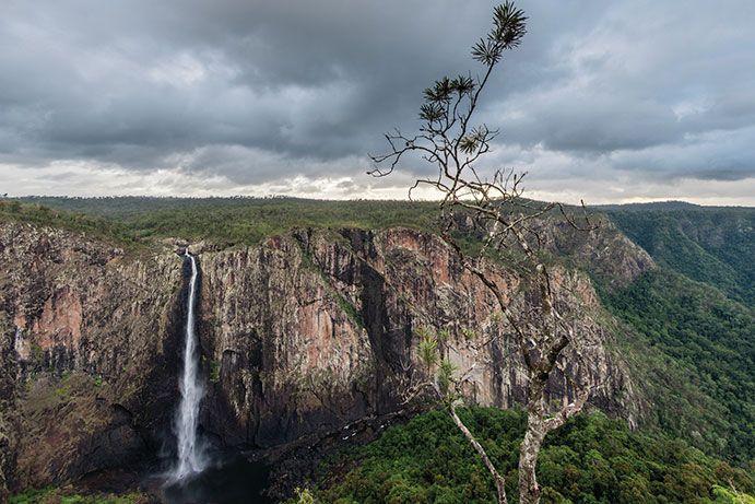 wallaman-falls.jpg