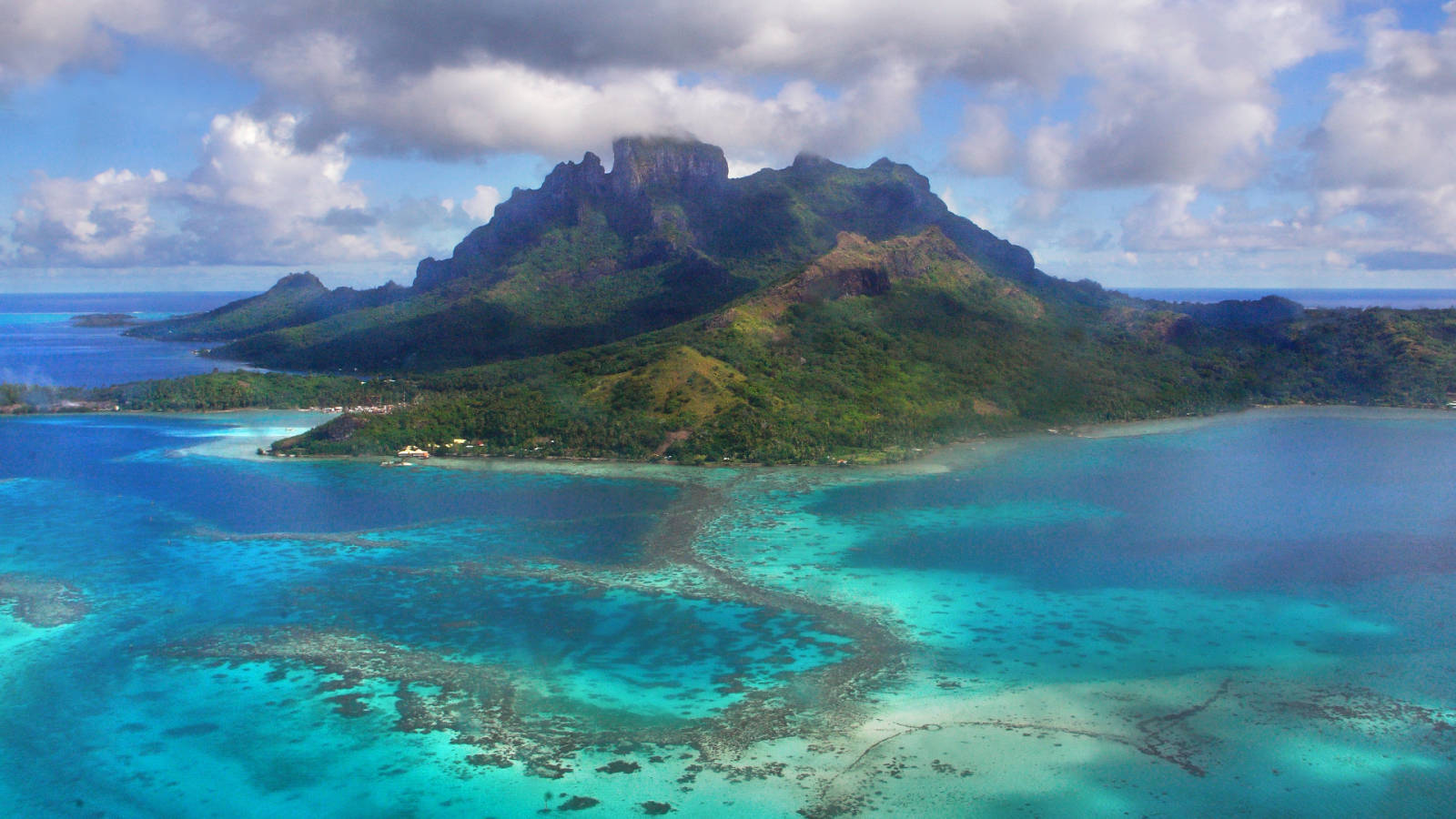 Cruise Sydney To Vancouver Via Nz Tahiti Amp Hawaii Travel At 60