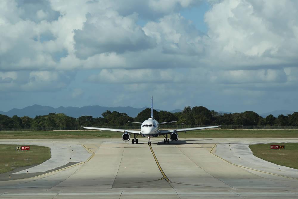 Flight Delays Were So Long, Passengers Called 911