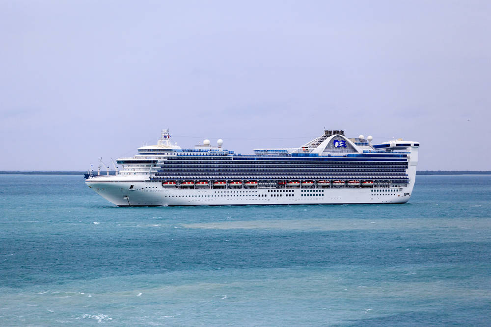 Cruise ship faced possible pirate attack for 10 days, according to reports